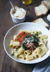 Pasta with tomato sauce - DAIF00008