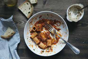 Pasta with tomato sauce - DAIF00011