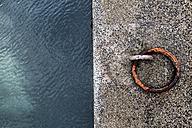 Quay, close-up - FMKF03260