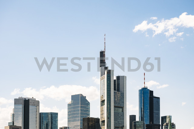 Germany, Frankfurt, view to skyline - KRPF02028 - Kristian Peetz/Westend61