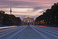 Germany, Berlin, Brandenburg Gate - GFF00895