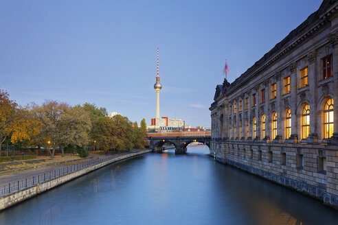 Germany, Berlin, view to television tower and facade of lighted Bode Museum - GFF00904