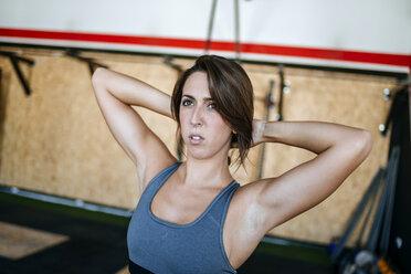 Portrait of a woman in gym - KIJF00973