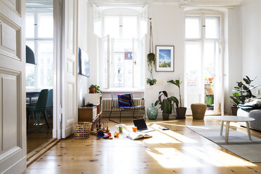 Apartment in sunlight - FKF02090