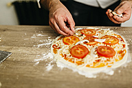 Preparing pizza at home - JRFF01093