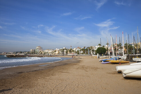 Spain, Catalonia, Sitges, coastal town and beach at Mediterranean Sea - ABOF00140