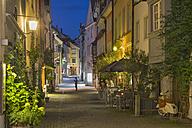 Germany, Lindau, evening mood in the alley In der Grub - SH01920
