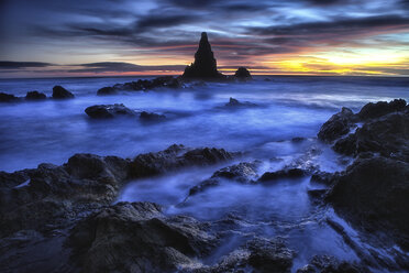 Spain, Almeria, rocky volcanic coastline of Cabo de Gata Natural Park - DSGF01360