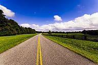 USA, Virginia, empty Blue Ridge Parkway - SMA00612