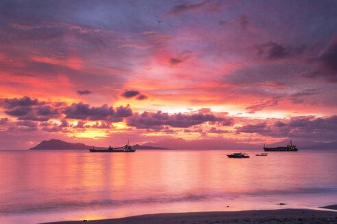 Indonesia, Nusa Tenggara Timur, Ende, sunset - FPF00120