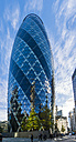 UK, London, City of London, 30 St Mary Axe and group of business people in the foreground - AM05156