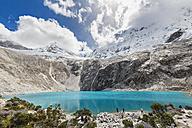Peru, Andes, Cordillera Blanca, Huascaran National Park, Laguna 69 and Nevado Chacraraju - FO08528