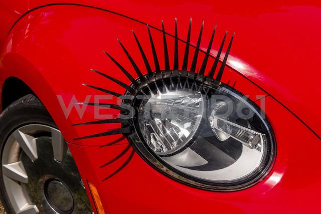 Headlight with eyelashes, close-up - EGBF00174