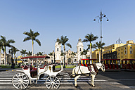 Peru, Lima, Plaza de Armas, Cathedral of Lima and carriage - FOF08608