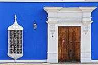 Peru, La Libertad, Trujillo, Plaza de Armas, Casa Urquiaga, window and door - FOF08617