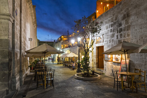 Peru, Arequipa, alley near Plaza de Armas at blue hour - FO08632