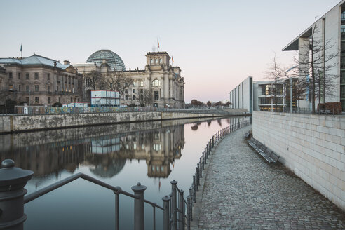 Germany, Berlin, view to Reichstag, Paul-Loebe-Building and River Spree at morning light - ASCF00701