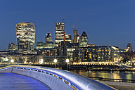 UK, London, skyline with office towers at night - GFF00936