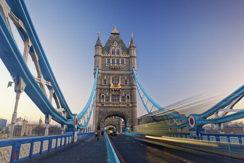 UK, London, Tower Bridge - GFF00942