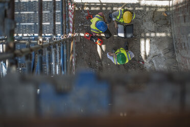 Construction workers on a construction site - ZEF12467