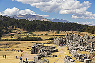 Peru, Andes, Cusco, view to the Inca ruins of Sacsayhuaman - FO08730