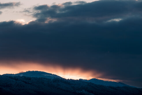 Austria, Mondsee, sunset - WVF00798