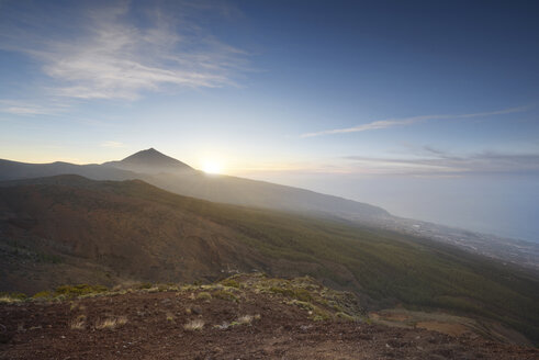 Spain, Tenerife, sunset at Teide National Park - DHCF00053