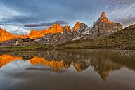 Italy, Trentino, Dolomites, Passo Rolle, Baita Segantini Chalet and Pale di San Martino range - LOM00470