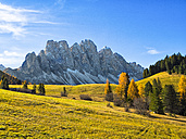 Italy, South Tyrol, Funes Valley, Odle group in autumn - LOMF00485
