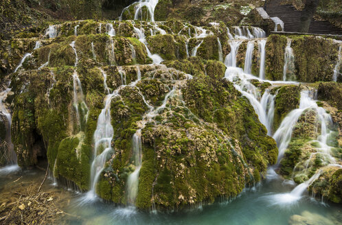 Spain, Orbaneja del Castillo, waterfall - DHCF00054