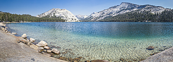 USA, California, Yosemite National Park, mountain lake - EPF00295