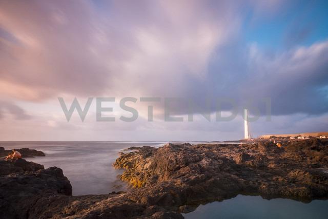 Spain, Tenerife, view to Punta del Hidalgo at dusk - SIPF01377