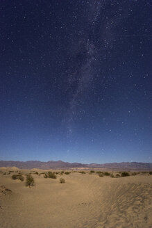 USA, California, Death Valley, night shot with milky way over sand dunes - EPF00303