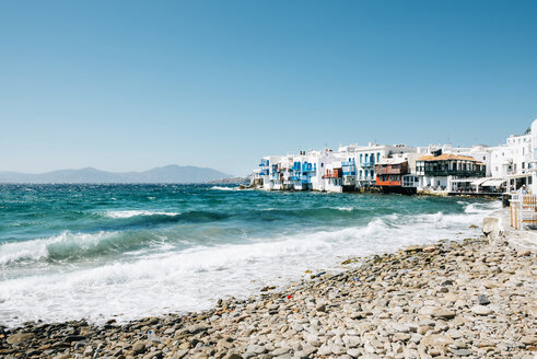 Greece, Mykonos, view to the Little Italy from the beach - GEMF01463