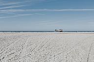 Netherlands, Schiermonnikoog, beach - DWF00260