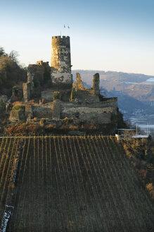 Germany, Rheindiebach, view to ruin of Fuerstenberg Castle - BSC00561