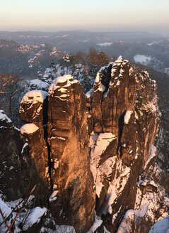 Germany, Saxony, Saxon Switzerland, Bastei region in winter - JTF00803