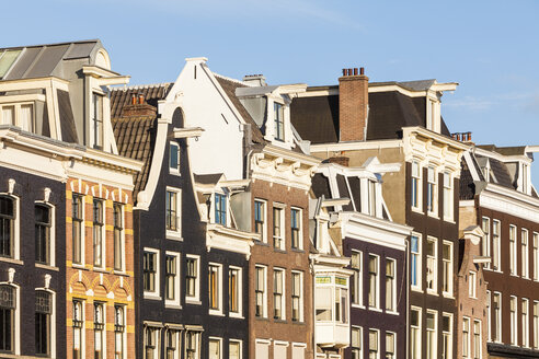 Netherlands, Amsterdam, row of old houses at Prinsengracht - WDF03886