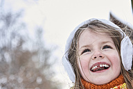 Little girl having fun in winter, portrait - FSF00741