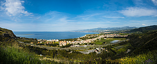 Italy, Sicily, Oliveri, view to the bay of Messina - AMF05261