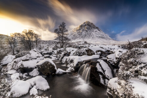 UK, Scotland, Glencoe, Buachaille Etive Mor in winter - SMAF00669
