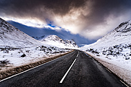 UK, Scotland, Glencoe, A92 road in winter - SMAF00675