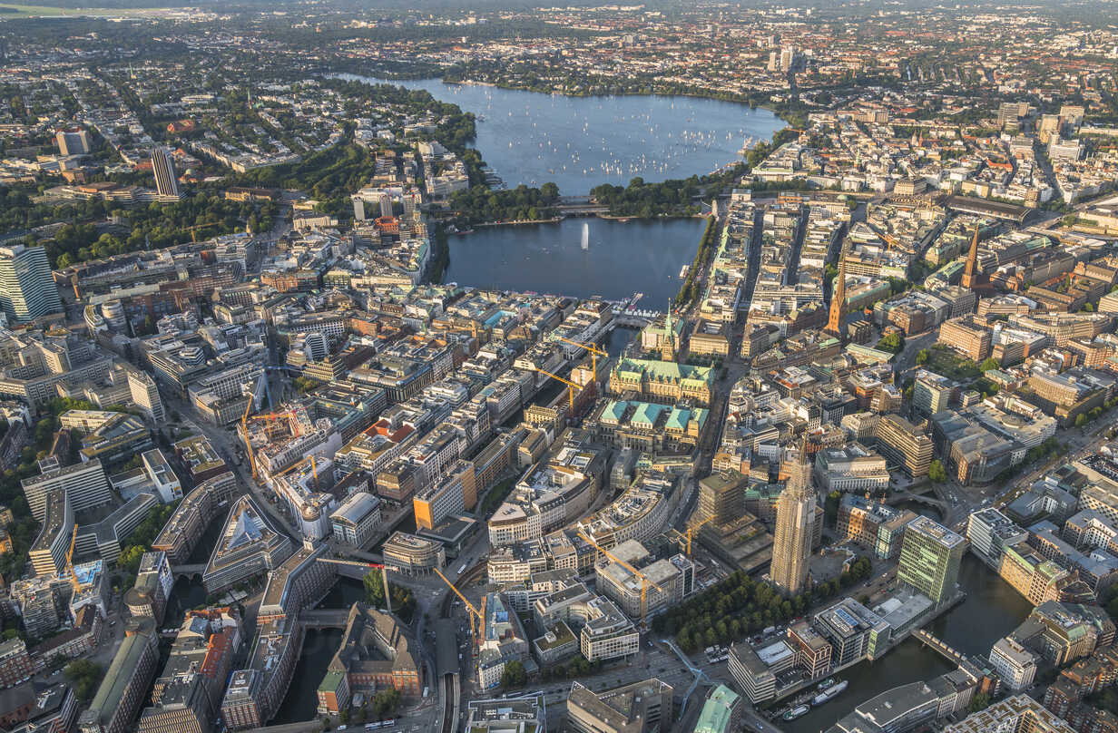Germany, Hamburg, aerial view of district Mitte with Alster Lake - PVCF01014 - Patrice von Collani/Westend61