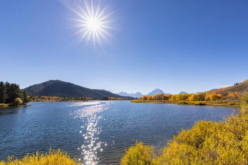 USA, Wyoming, Rocky Mountains, Teton Range, Grand Teton National Park, Snake River, Oxbow Bend, Mount Moran, Indian Summer - FOF08869