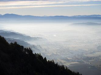 Italy, Umbria, Gubbio, sunrise at countryside in winter - LOMF00507