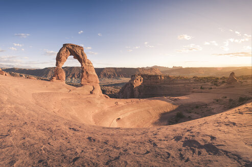 USA, Utah, Arches National Park, Delicate Arch at sunset - EPF00339
