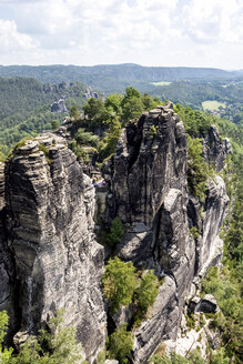 Germany, Saxony, Elbe Sandstone Mountains, Rock formations - LMF00593