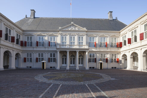 Netherlands, The Hague, Noordeinde Palace - WI03395