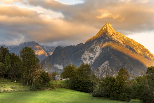 Slovenia, Bovec, Triglav National Park, Julian Alps at sunset - CSTF01262