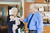 Great-grandparents with baby at home - GEMF01516